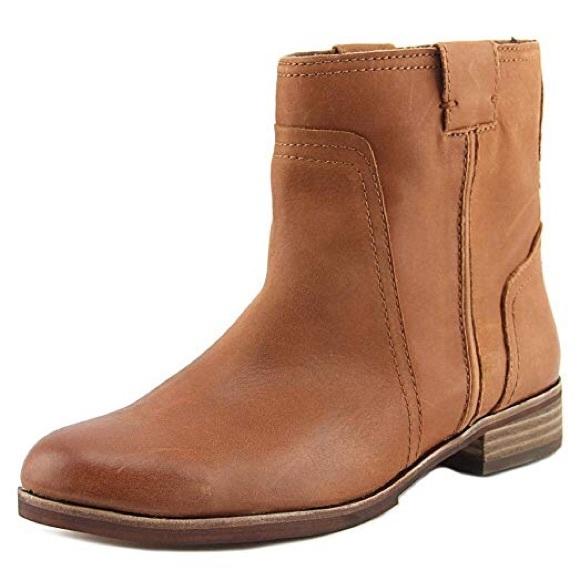 c6bdfc55b86 Vince Camuto Nubuck Ruty Ankle Boots. M 5b77779fdcf855af747f6a26